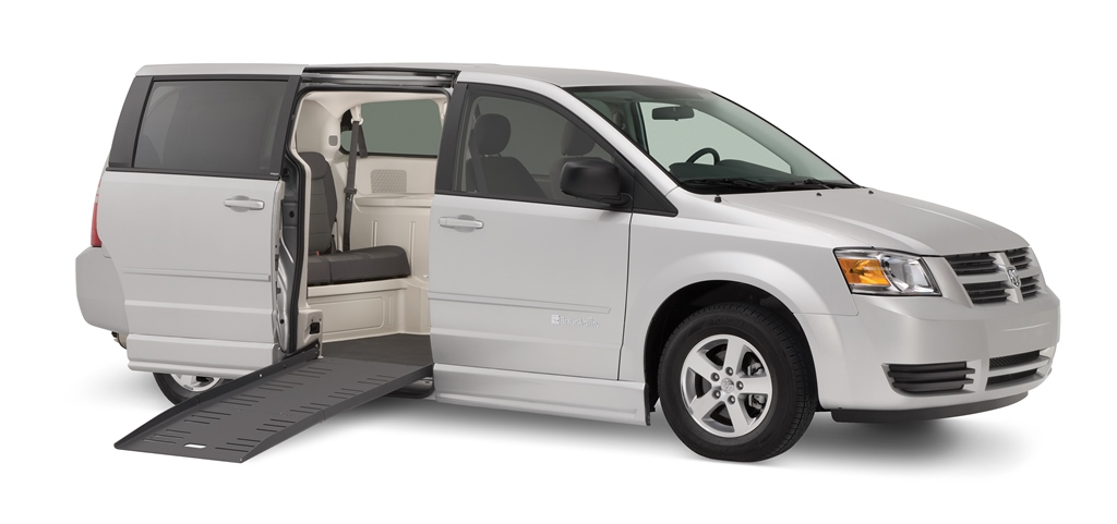 Town And Country Toyota >> BraunAbility Dodge Chrysler Companion Van Wheelchair Van | Drive Master Mobility
