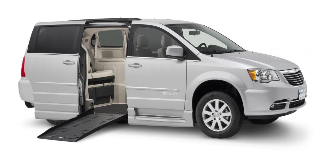 Dodge Chrysler BraunAbility Entervan Fold Out Wheelchair Van