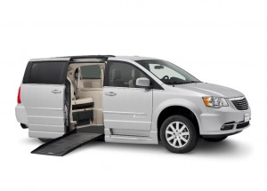 Dodge-Chrysler-Braun-Entervan-Fold-Out-Low-Res2