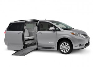 Toyota Braun Rampvan XT Side Entry Fold Out Low res