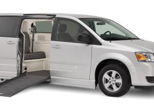 Dodge Chrysler Braun Companion Van