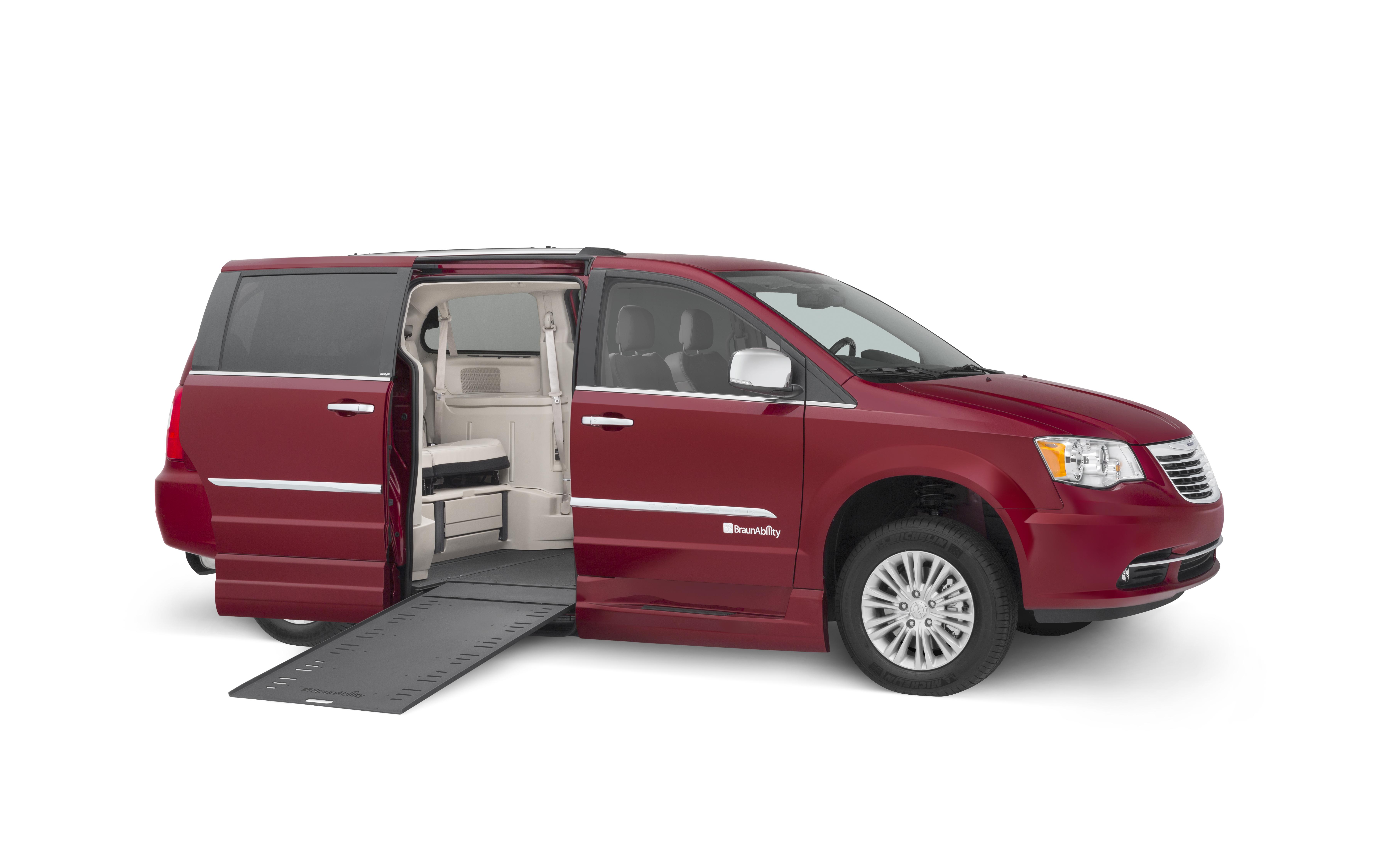 Superior Van And Mobility >> BraunAbility Dodge Chrysler Power Infloor Ramp Wheelchair